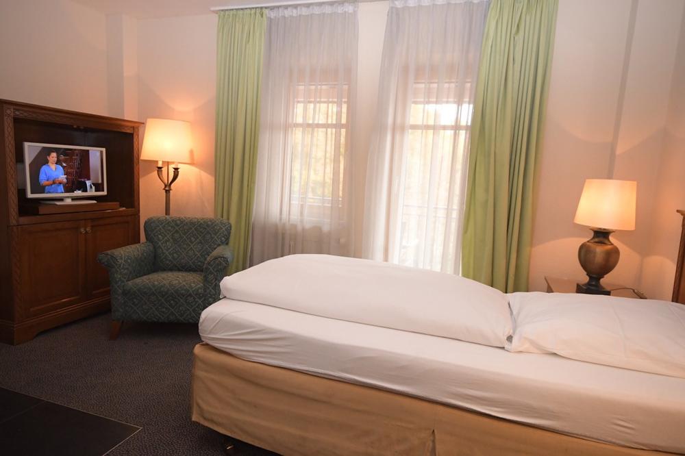Einzel Apartment Zimmer Gästehaus Gaestehaus Bavaria Regensburg